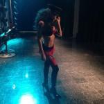 Naya Rivera sexy en la serie Glee